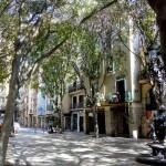 Casa de la plaça de Sant Agustí Vell en la qual R. Serra i Monclús va detenir el membres de la lògia republicana