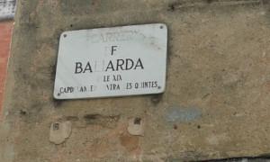 """Placa del carrer de Sant Andreu que porta el nom del Noi Baliarda. Diu això: carrer de Baliarda. segle XIX. capdavanter contra les quintes"""""""