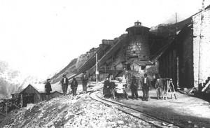 Mina de hierro de la Avetera, a principio del siglo XX.
