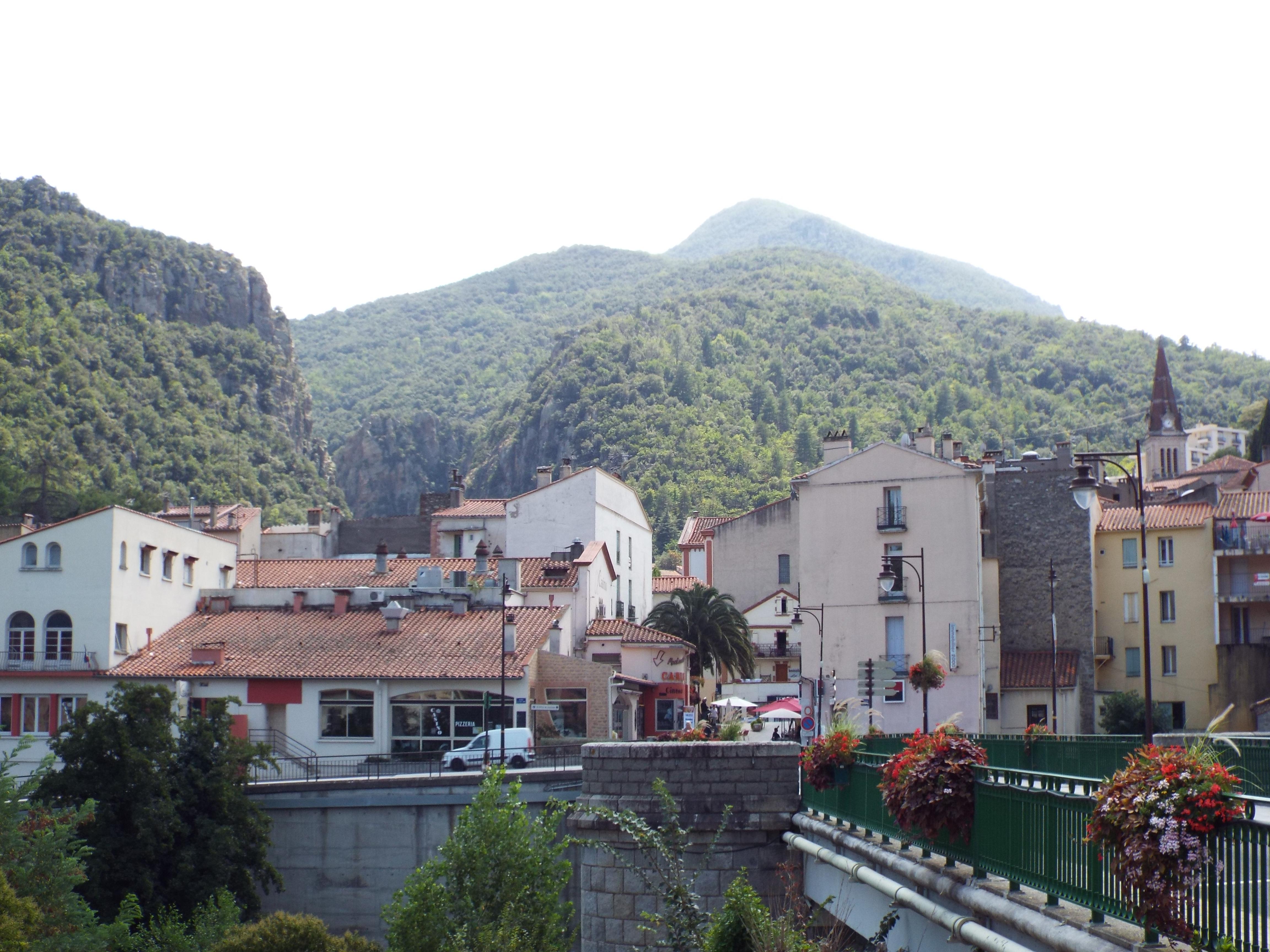 Vista parcial de Els Banys, en la actualidad.